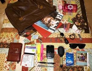 girl-purse-1